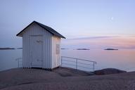 Beach house by sea - FOLF09278