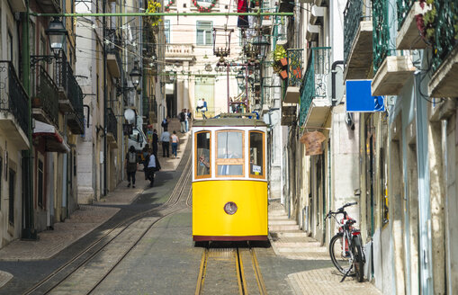 Portugal, Lisbon, Bairro Alto, Elevador da Bica, yellow cable railways - TAMF01014