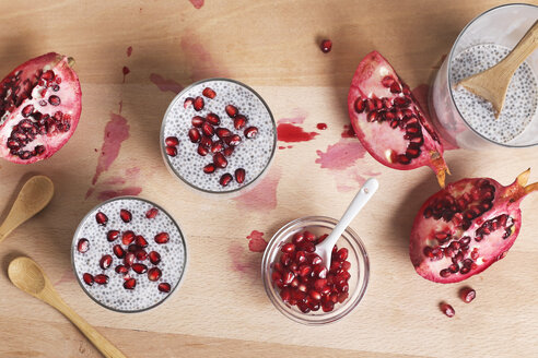 Two glasses of chia pudding with pomegranate seed - RTBF01148