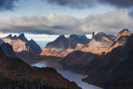 Norway, Lofoten Islands, Reine, View from Reinebringen - WVF01094