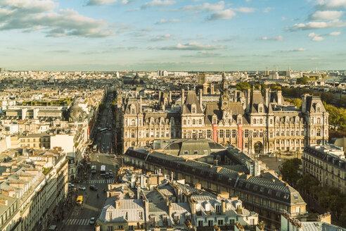 France, Paris, view to Square de la Tour Saint-Jacques from above - TAMF01031