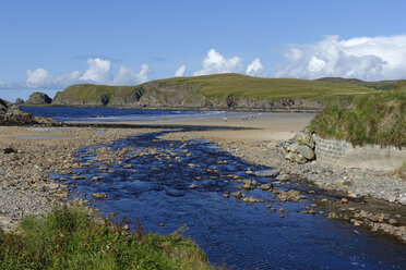 United Kingdom, Scotland, Highland, Sutherland, Bettyhill, Clachan Burn river and beach - LBF01900