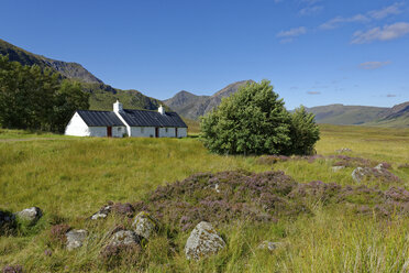 United Kingdom, Scotland, Highland, Buachaille Etive Mor, Glencoe, Black Rock Cottage, farmhouse - LBF01918