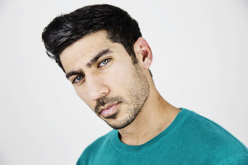 Portrait of serious young man with stubble - JATF01039