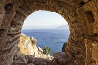 Greece, Peloponnese, Argolis, Nauplia, View through window of Palamidi Fortress to Argolic Gulf - MAMF00021