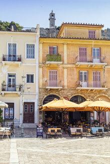 Greece, Peloponnese, Argolis, Nauplia, Old town, Syntagma square, Facades of houses - MAMF00039