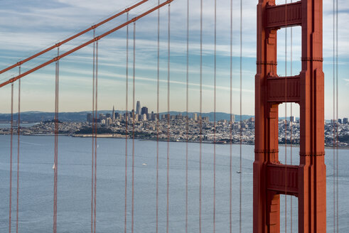 USA, California, San Francisco, Golden Gate Bridge - MKFF00347