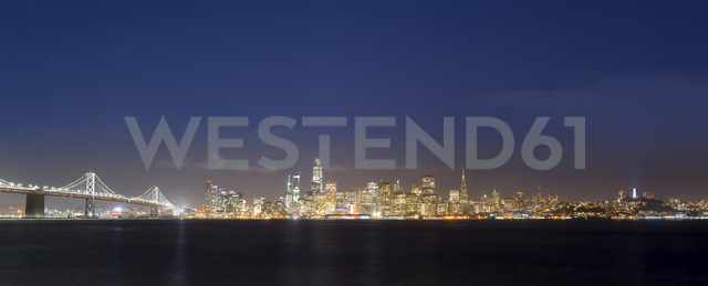 USA, California, San Francisco, Golden Gate Bridge, Skyline at night, seen from Treasure Island - MKFF00359