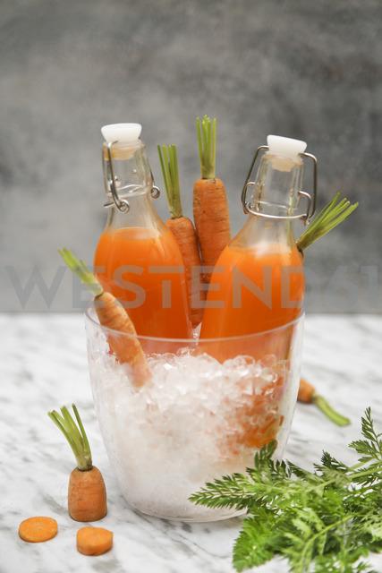 Refreshing carrot juice on marble - RTBF01193