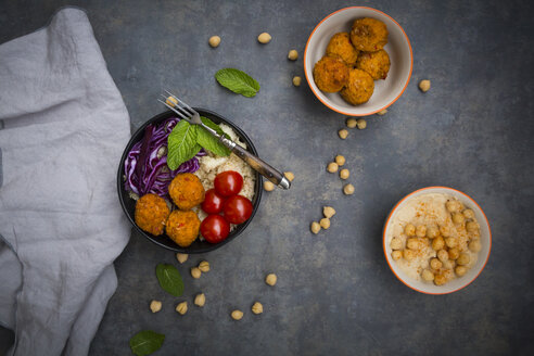 Couscous sweet potato falafel bowl with red cabbage, tomato, mint and hummus - LVF06887