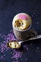 Vanilla cup cake with chocolate and pink sugar granules - CSF29094