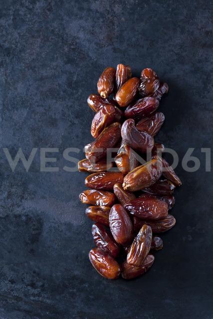 Dried dates on dark ground - CSF29145