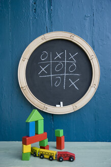 Chalkboard, toy train, toy blocks, tic tac toe - GISF00326