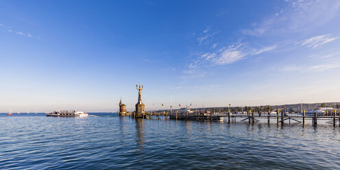 Germany, Constance, view to port entrance with lighthouse and Imperia - WDF04641