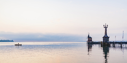 Germany, Constance, view to port entrance with lighthouse and Imperia - WDF04647