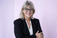 Portrait of smiling mature businesswoman - HHLMF00278