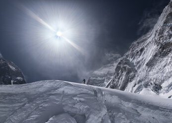 Nepal, Solo Khumbu, Everest, Mountaineer at Western Cwm - ALRF01141