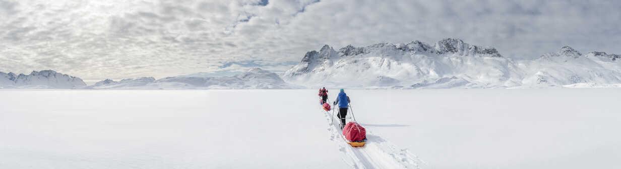 Greenland, Schweizerland Alps, Kulusuk, Tasiilaq, ski tourers - ALRF01220 - Alun Richardson/Westend61