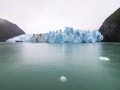 Argentina, Patagonia, El Calafate, Puerto Bandera, Lago Argentino, Parque Nacional Los Glaciares, Estancia Cristina, Spegazzini Glacier, iceberg - AMF05714