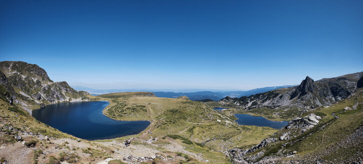 Bulgaria, Rila mountains, panoramic view of mountain lakes - BZF00383