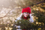Portrait of girl, outdoors, smiling - CUF02894