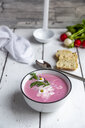 Radish soup with baguette - SARF03730