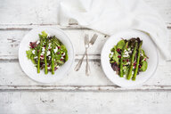 Mixed salad with fried green asparagus, feta and pomegranate seeds - LVF06954