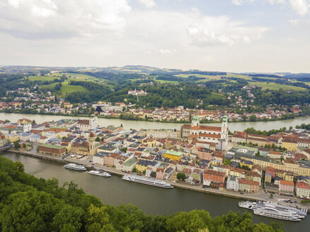 Germany, Bavaria, Passau, city of three rivers, Aerial view of Danube and Inn river - JUNF01039