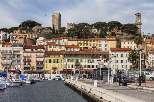 France, Cannes, Old Town, Le Suquet, harbour - ABOF00352