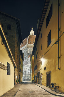 Street view of Florence Cathedral at night, Florence, Italy - CUF16793