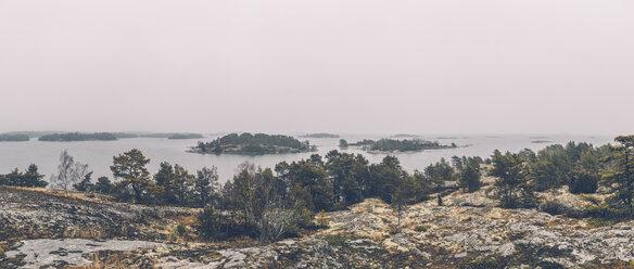 Sweden, Sodermanland, archipelago landscape - GUSF00942