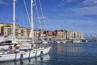 France, Provence-Alpes-Cote d'Azur, Nice, Port Lympia - ABOF00377