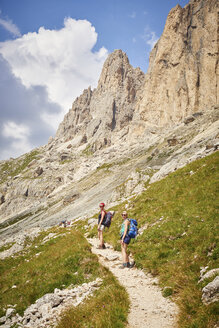 Hikers on mountain path looking at camera, Austria - CUF21067