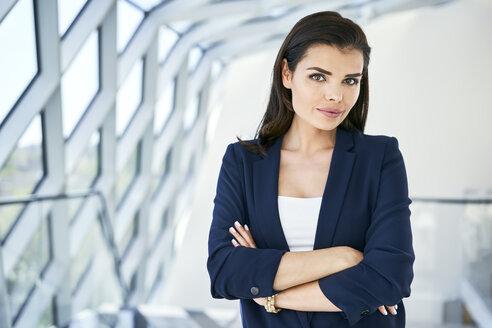 Portrait of confident businesswoman - BSZF00514