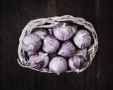 Garlic in basket, overhead view - CUF29024