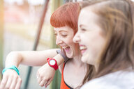 Young women laughing - CUF30868