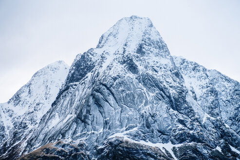 Detail view of snow capped mountain, Reine, Lofoten, Norway - ISF09670