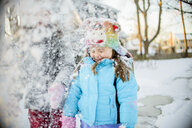 Girls playing with snow - ISF12852