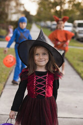 Children going trick or treating - ISF14339