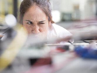 Female technician working in research laboratory - CVF00883