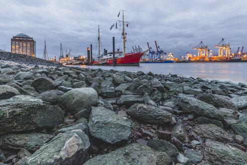 Germany, Hamburg, harbor, Lightship Elbe 3 - KEBF00837