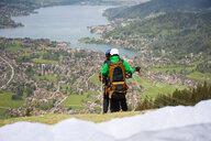 Couple paragliding, Wallberg, Tegernsee, Bavaria, Germany - CUF34740