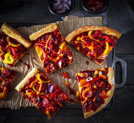 Chorizo Pizza with bell pepper and onions - KSWF01953