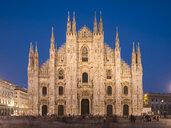 Milan Cathedral, Piazza Duomo at night, Milan, Lombardy, Italy - CUF39355