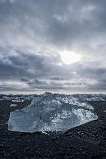 Stranded iceberg, Jokulsa Loni, Iceland - CUF41088