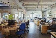 Desks in open plan office - CAIF21088