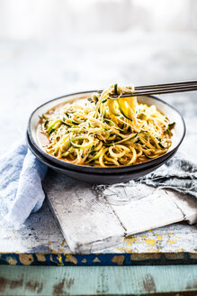 Asian style noodle soup with glas noodles and zoodles in red curry broth - SBDF03694