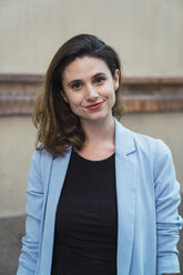 Portrait of a young businesswoman - KKAF01274