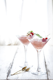 Frose, rose slushie with red currants - SBDF03711