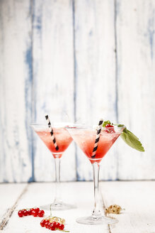 Frose, rose slushie with red currants - SBDF03717
